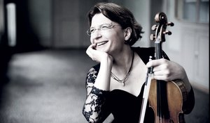 Get festive with Tchaikovsky and Antje Weithaas No 1