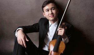 Daniel Lozakovich and the Concerto Budapest